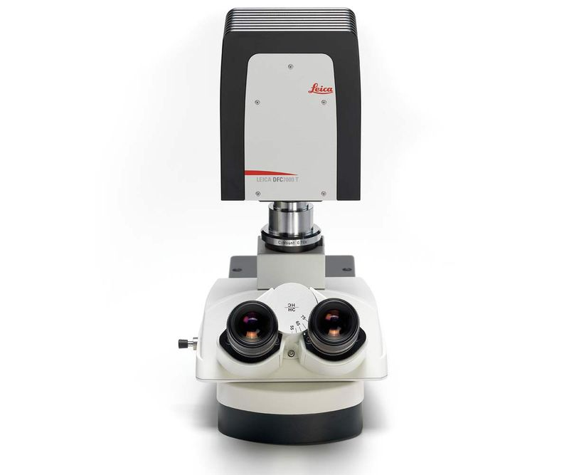 Front View Leica DFC7000 T Microscope Camera top-mounted.